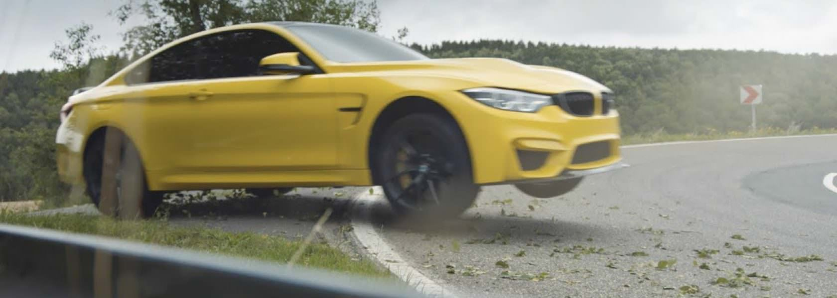 Drift BMW M4 CS Pennzoil