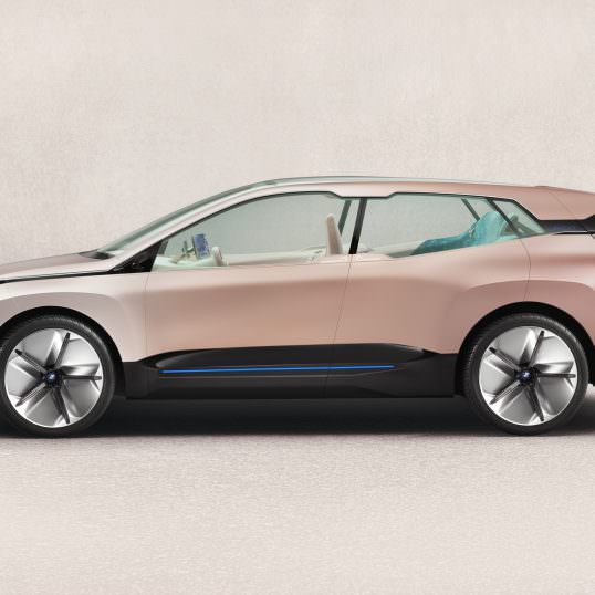 BMW Vision iNEXT Los Angeles 2018